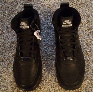 Nike Lunar Force 1 Sneaker  Boot